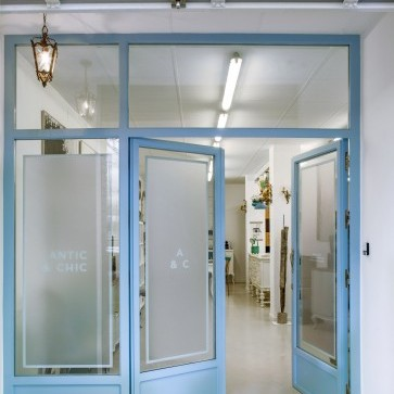 Taller y Showroom de Antic&Chic, Girona